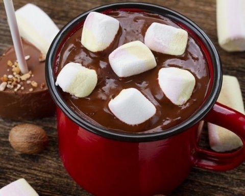 Гарячий шоколад небезпечний для здоров'я: медики пояснили чому