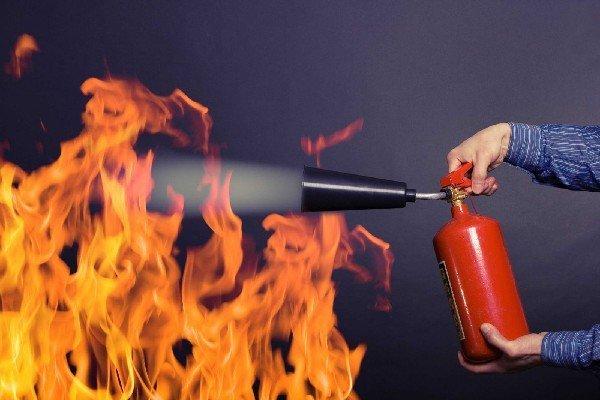 На Закарпатье случился пожар в ромском поселении