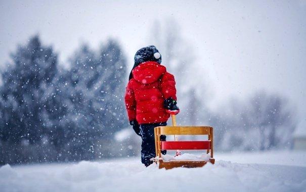 """5-річний хлопчик у мороз в легкому одязі """"гуляв"""" по вулиці"""