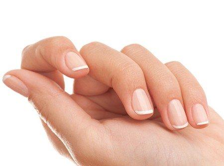 На какие проблемы со здоровьем указывает внешний вид ногтей