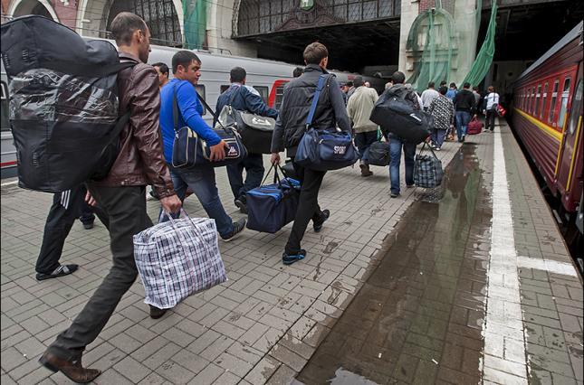 На работу за границу уехало 248 тысяч украинцев