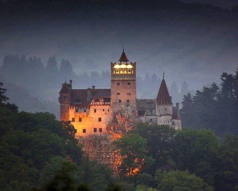 Украинцам на заметку: во сколько обойдется поездка в замок графа Дракулы
