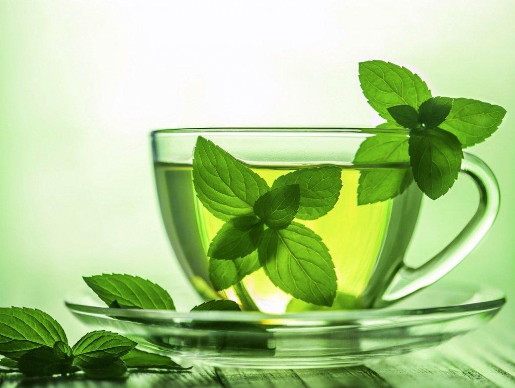 Назвали дивовижні властивості м'ятного чаю