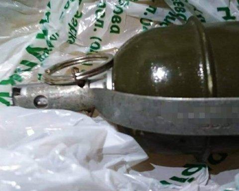 Гранату держал под подушкой: пациент больницы поставил «на уши» Киевщину