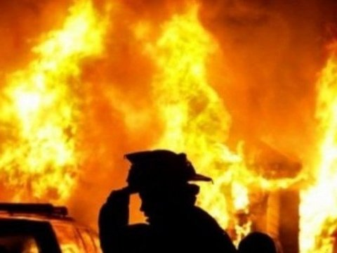 В торговом центре произошел пожар: подозревают поджог