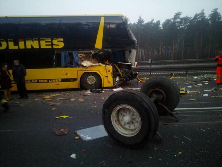 Автобус сукраинцами попал вДТП вПольше