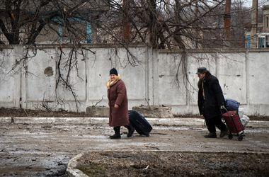 """""""Сусіди подзвонили і сказали, що в моєму будинку вже нові господарі""""- розповіли, як віджимають квартири в ДНР"""