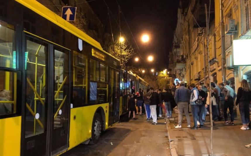 П'яна різанина у тролейбусі: з'явилися нові подробиці