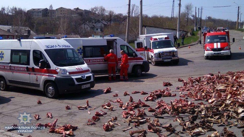 Моторошна ДТП з десятьма постраждалими: кістки розсипались по дорозі
