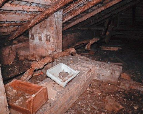 »Живем, как на пороховой бочке»: киевлян поразили ужасным состоянием дома
