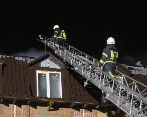 Крупный пожар в Броварах, есть подробности