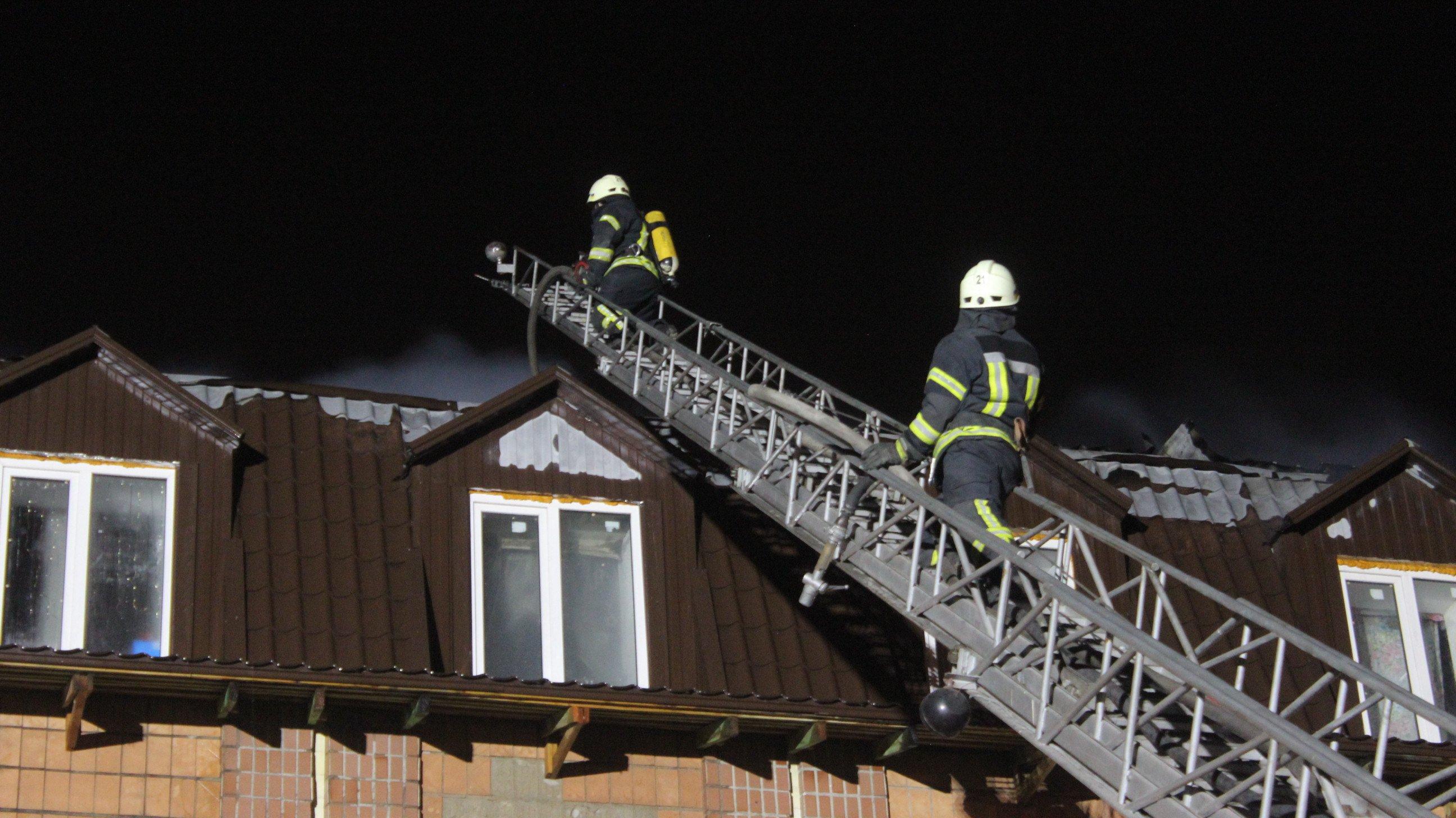 Масштабна пожежа у Броварах, є подробиці