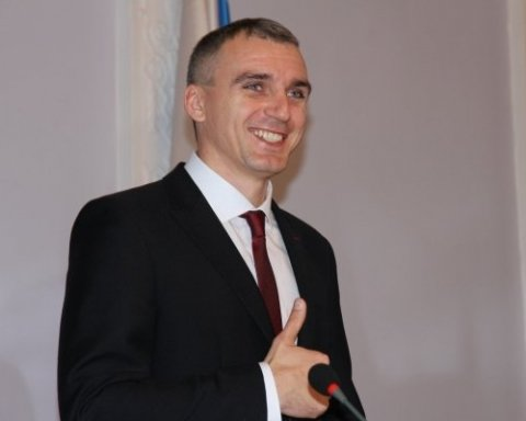 Суд поновив на посаді мера Миколаєва Сенкевича