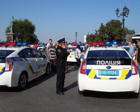 У Києві чоловік з собакою на повідку підстрелив дівчину: подробиці