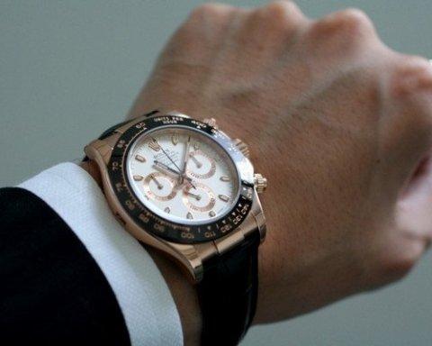 Українцям назвали політиків, які мають найбільше елітних годинників