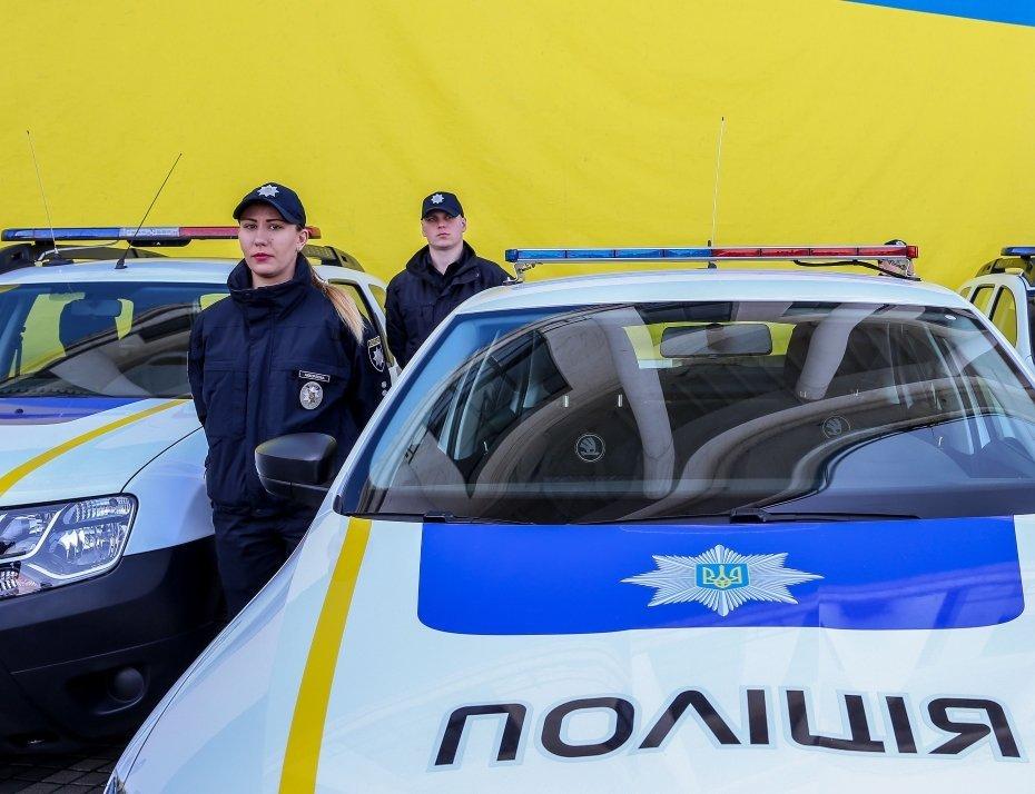 Поліцейські влаштували скандальну аварію в Києві: фото з місця НП