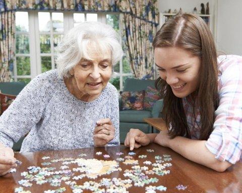 Тисячі пенсіонерів почнуть отримувати пенсію по-новому: що зміниться