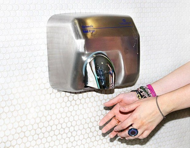Наклейка-детектор выявит опасные бактерии вмясе