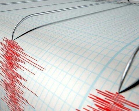 Индонезию всколыхнули новые мощные землетрясения