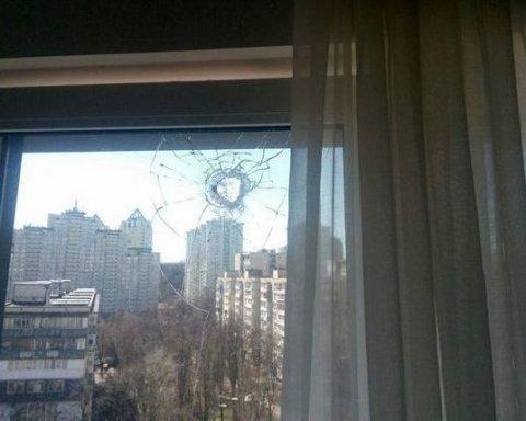 Суд избрал «меру пресечения» жителю столицы, который стрелял по соседским окнам