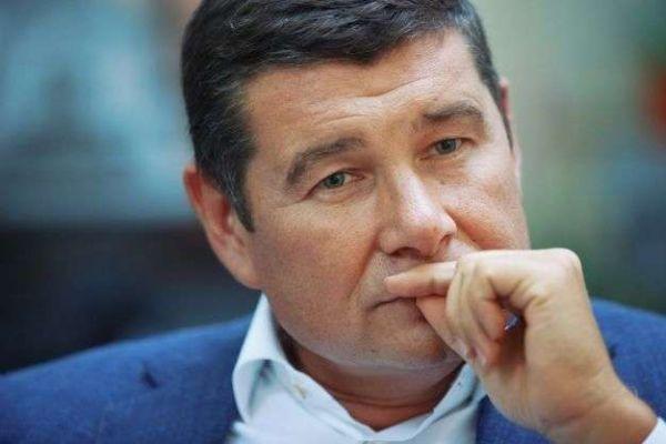 Вони повертаються: ще один одіозний політик заявив про плани повернення в Україну