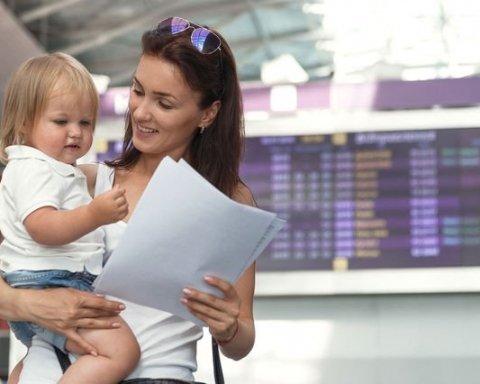 """Правила вивезення дітей за кордон зміняться: батькам готують """"сюрприз"""""""