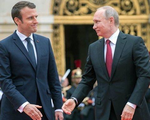 """Макрон вилизував Путіну. Піонтковський виявив вплив """"руки Кремля"""" на президента Франції"""
