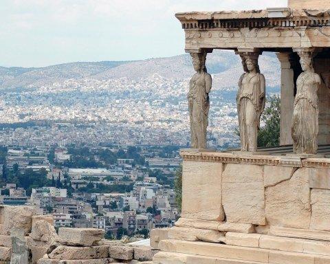 Українцям на замітку: що відвідати і яка ціна на відпочинок у Греції
