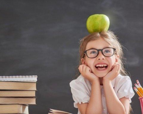 """Зарахування дитини до школи: посередники обіцяють """"вирішити питання"""" за $100"""