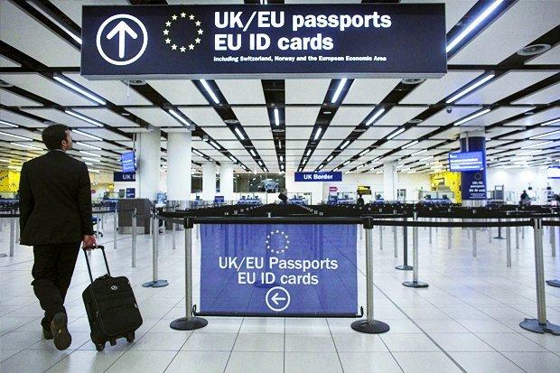 Платний в'їзд в ЄС: кого не пустять і що варто знати про нову систему