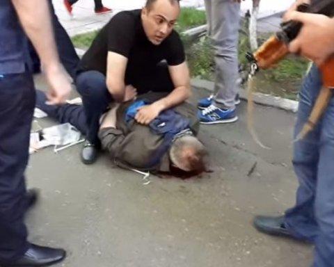 У Єревані полковник поліції напав на банк: двоє загиблих