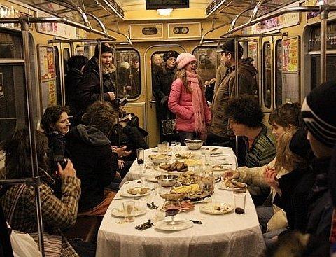 Назвали рестораны, пабы и кафе в Киеве, которые не закрываются после полуночи