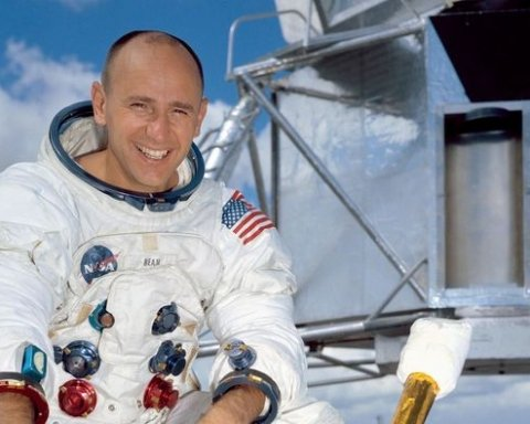 Померла четверта людина на Місяці, астронавт Алан Бін