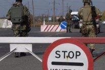 Підліткам з окупованого Донбасу і Криму спростили в'їзд на підконтрольну територію