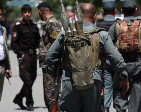 Серія терактів в Кабулі: триває зачистка