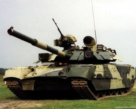 Появились кадры зрелищного боя танкистов ВСУ на Донбассе
