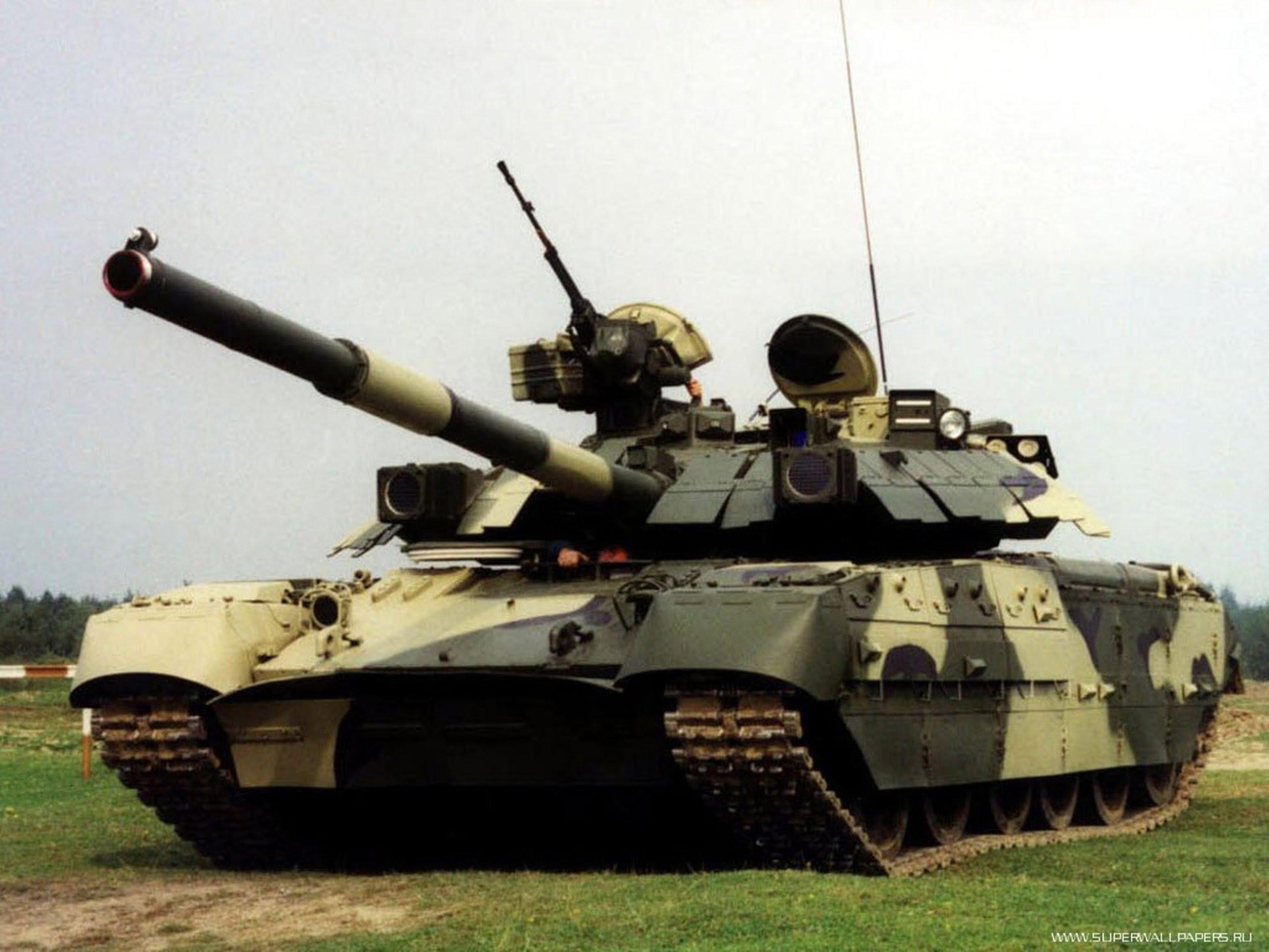 З'явилися кадри видовищного бою танкістів ЗСУ на Донбасі