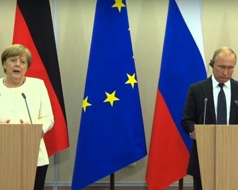 Меркель озвучила подробиці розмови з Путіним щодо Донбасу