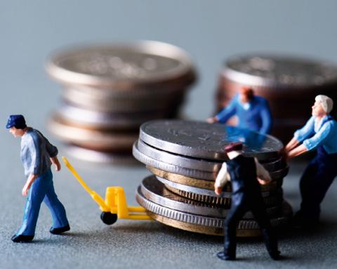 Украинцев хотят заставить платить новый налог: кого и почему