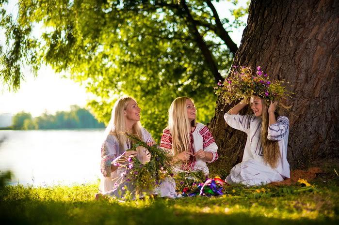 Вихідні та свята в червні: що будемо відзначати та скільки відпочивати