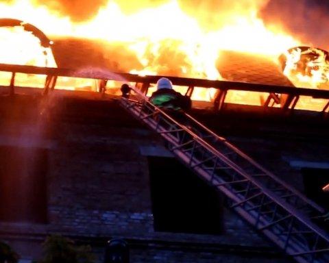 В Каменец-Подольском сгорел отель