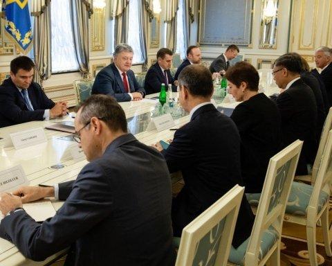 Порошенко обговорив з послами G7 антикорупційний суд та звільнення політв'язнів