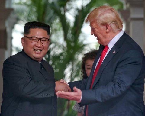 Washington Post: итог сингапурского примирения Трампа и Ына — конец «военным играм»