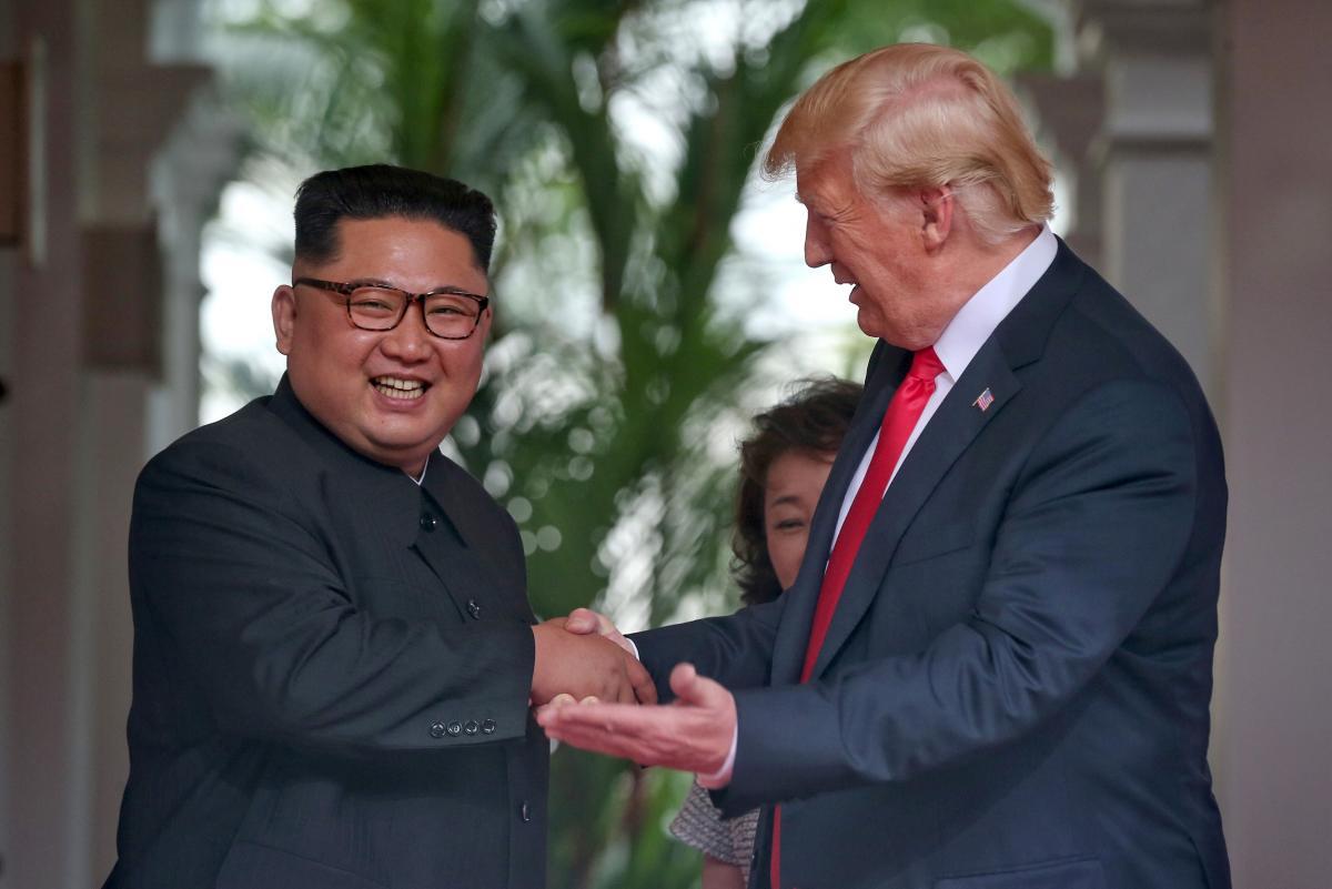 """Washington Post: підсумок сінгапурського примирення Трампа й Ина – кінець """"військовим іграм"""""""