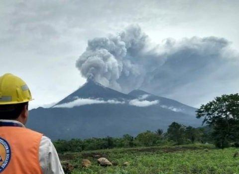 Смертельне виверження вулкана у Гватемалі: нові кадри та подробиці