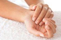 Как уберечь кожу рук на работе: советы врачей