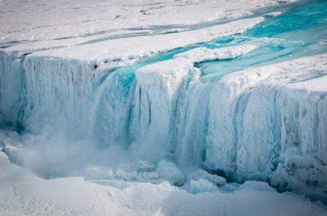 Таяние льда в Антарктике приведет к трагическим последствиям: озвучен неутешительный прогноз