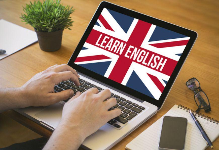 Кого з чиновників зобов'яжуть вчити англійську мову