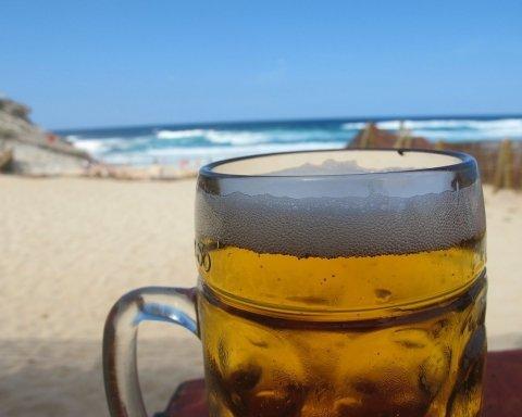 Супрун рассказала, чем опасно употребление пива в жару