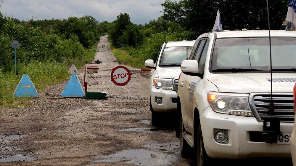 П'яні терористи направили ОБСЄ-шників на заміновану дорогу під Донецьком – звіт